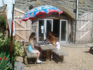 Cafe outdoor seating