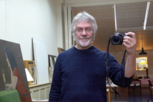 David_Inshaw_with_camera web