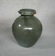 Svend Bayer 13. Jar from above, celadon glaze, 23 x 27cm £405