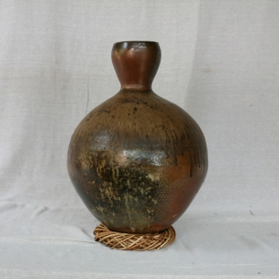 Svend Bayer 4. Large Pot with Neck other side 61 x 38cm £1650